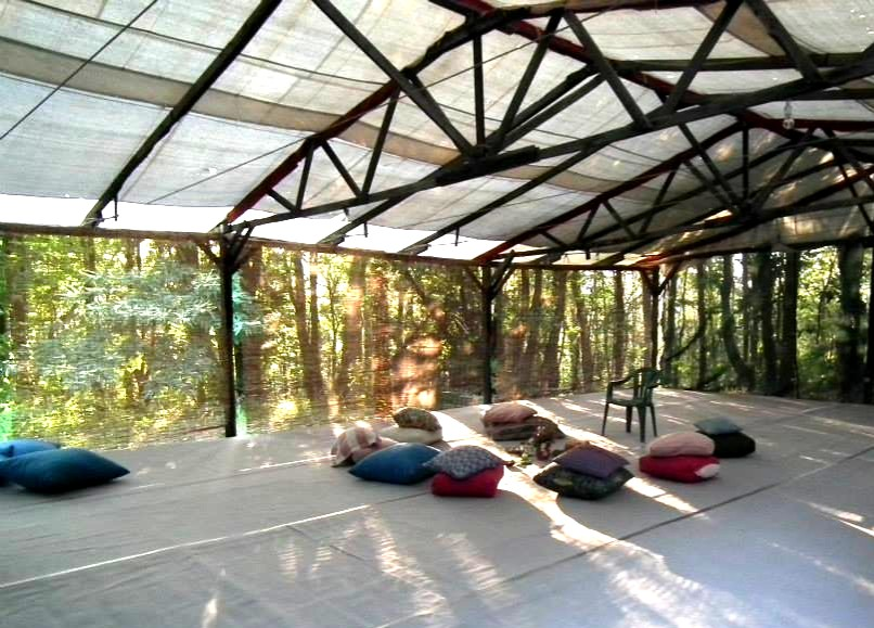 long room, Anilio, retraite in Griekenland,  schiereiland Pilion, heerlijke ontspannen workshops, Your Inner Power, zomeractiviteit, stressrelease, Stress Release Specialist
